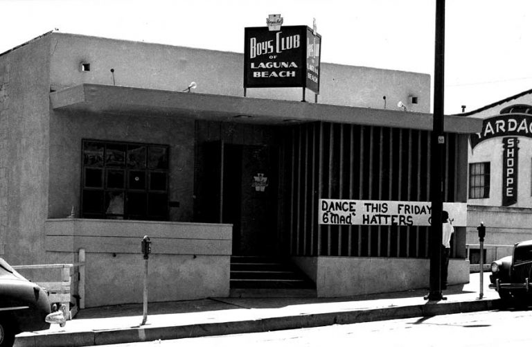 An image of the Laguna Beach B&G Club on PCH in 1952