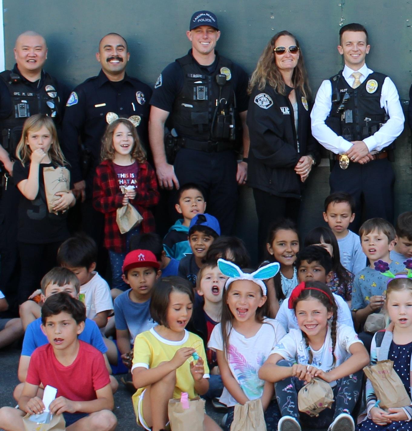 Lagun Beach Police Department Group Volunteer Day